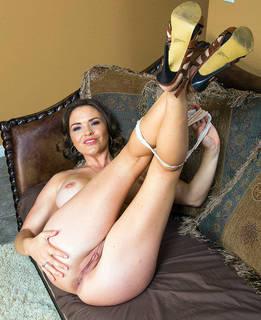 Erotik desnudos.