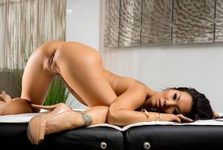 Des filles asiatiques nues hd.